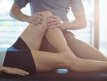Fysioterapi på knæ